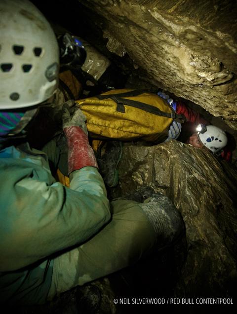 Cave Connection: European Outdoor Film Tour © Neil Silverwoll Redbool Contentpool
