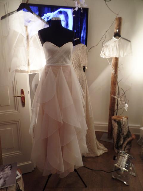 Hochzeitskleid ambacher Hochzeitsmesse LOVE