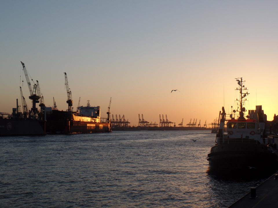 HafenHamburgSonnenuntergang2