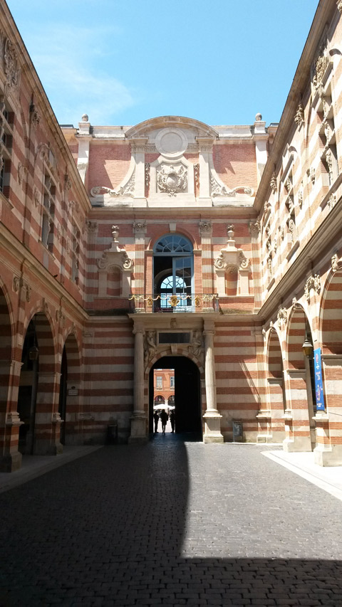 Toulouse-Rathaus-Innenhof